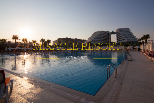 Reisfilm Miracle resort Turkije
